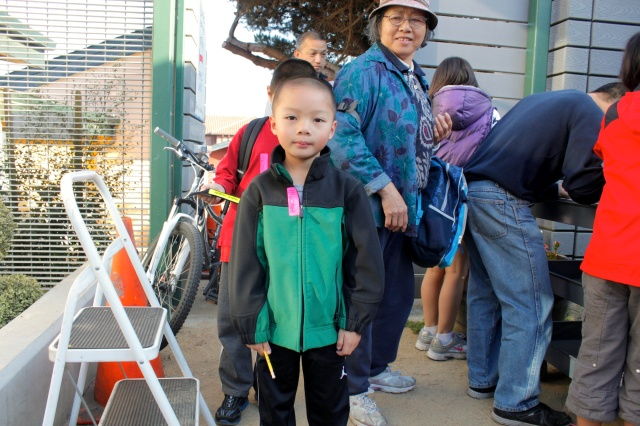 1st Graders Walk to School